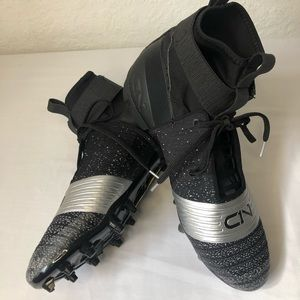 Under Armour Football Cleats Size 12 Black/Silver